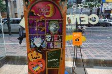 大丸藤井セントラルさんの店内装飾にビジュアルデザイン学科1年生のデザインが登場!